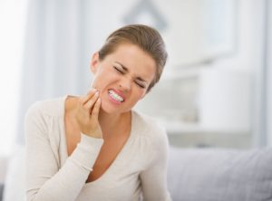 throbbing tooth pain